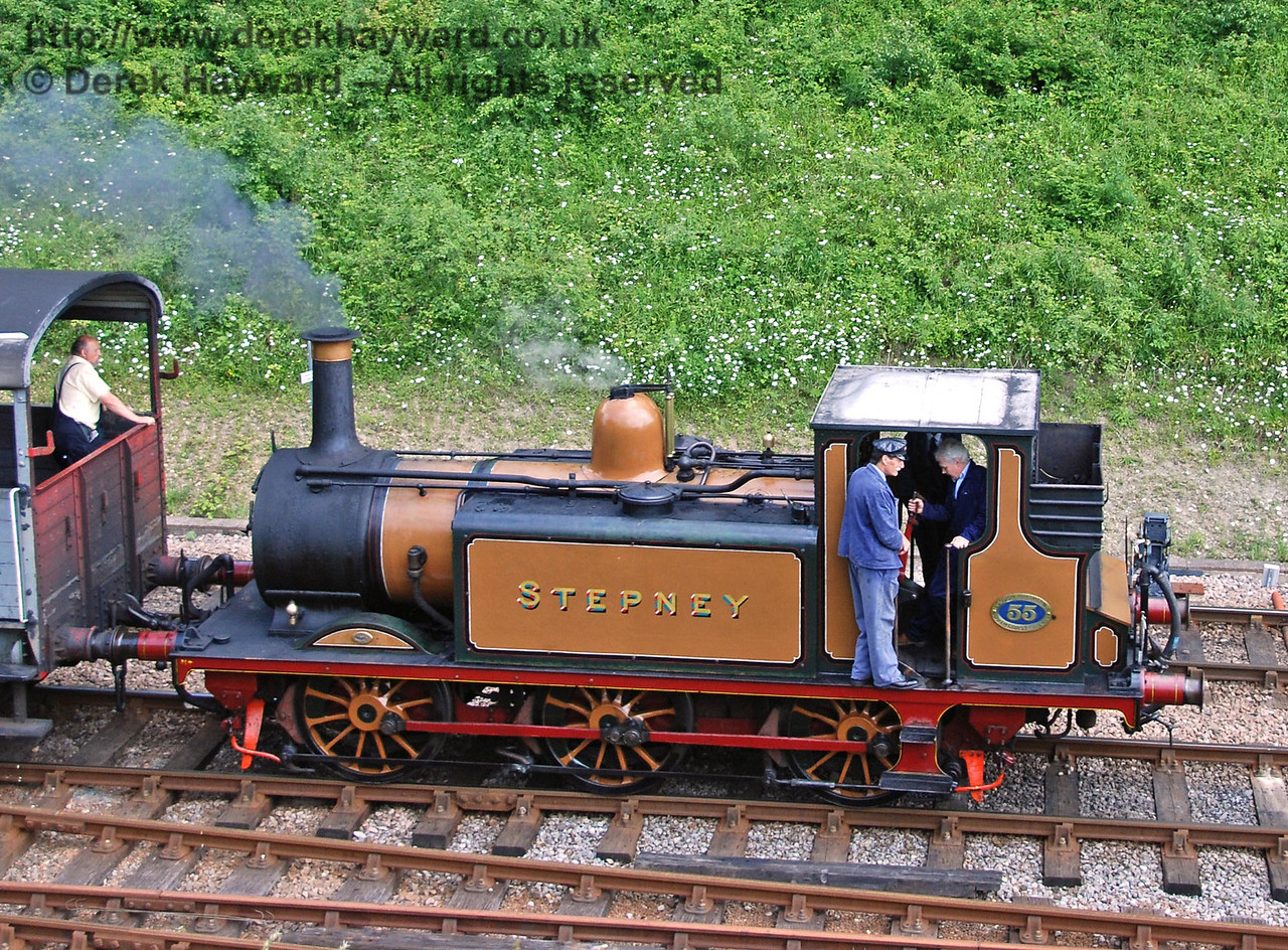 Clive Groome teaches driving skills on the Footplate Days and Ways course. 03.06.2007