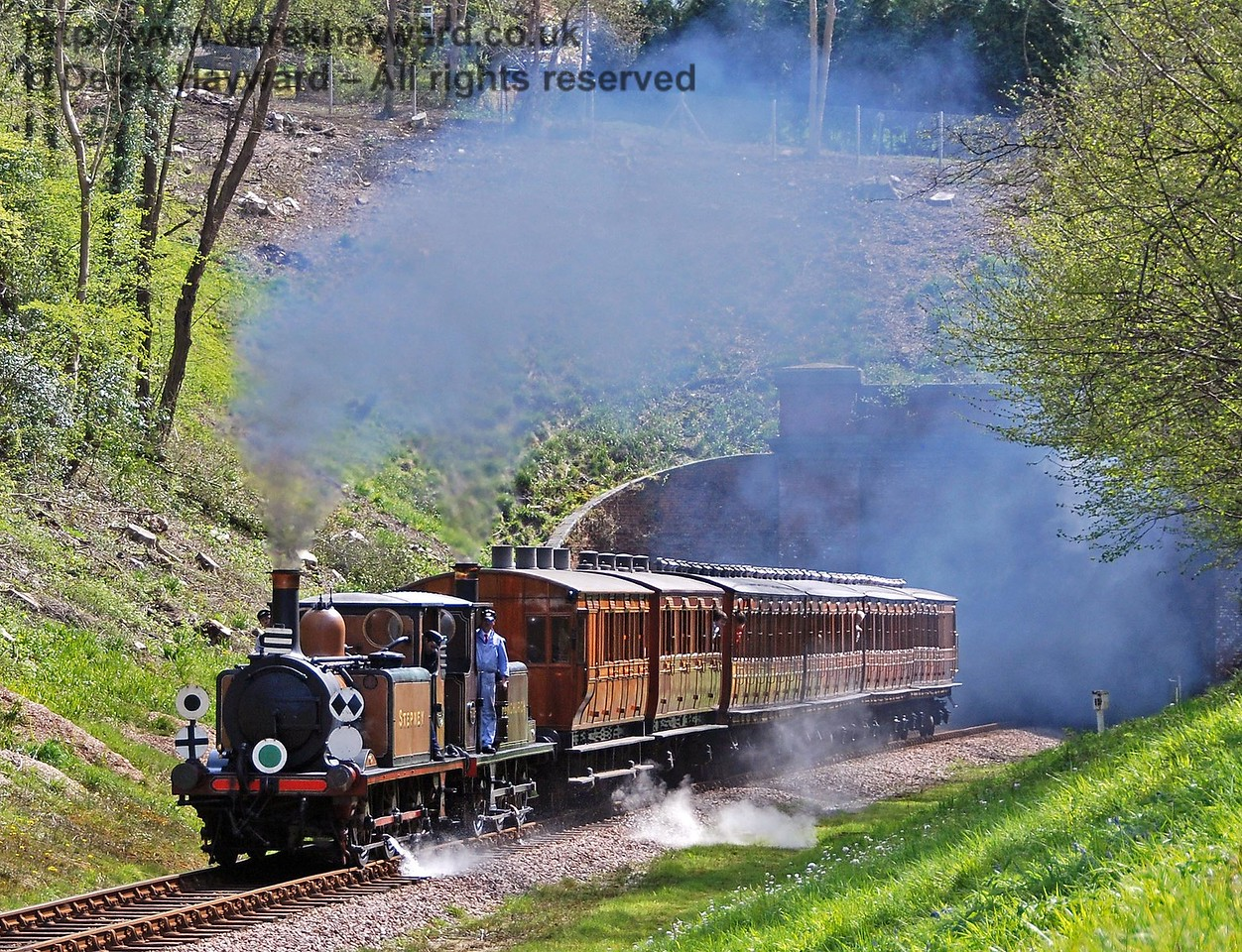 Stepney and Fenchurch emerge from West Hoathly tunnel. 26.04.2008
