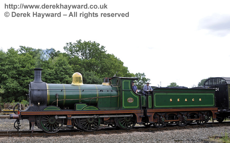 592 approaches Horsted Keynes.  06.07.2014  11126