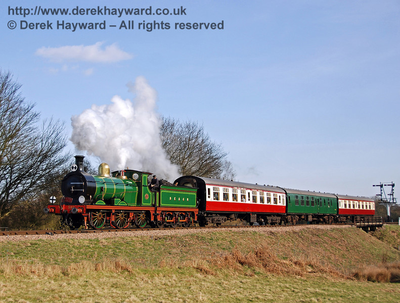 592 leaves Sheffield Park with the Lounge Cars. 22.03.2009