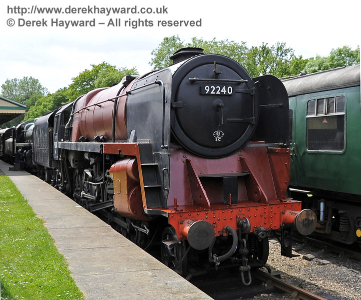 92240 being repainted at Horsted Keynes.  30.05.2012  4927