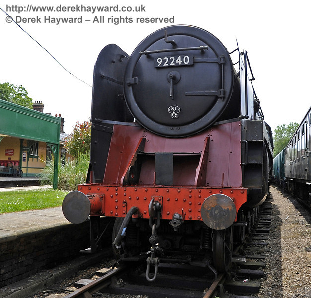 92240 being repainted at Horsted Keynes.  30.05.2012  4925