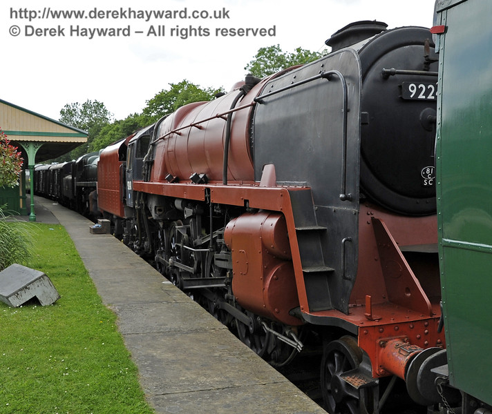 92240 being repainted at Horsted Keynes.  16.06.2012  5110