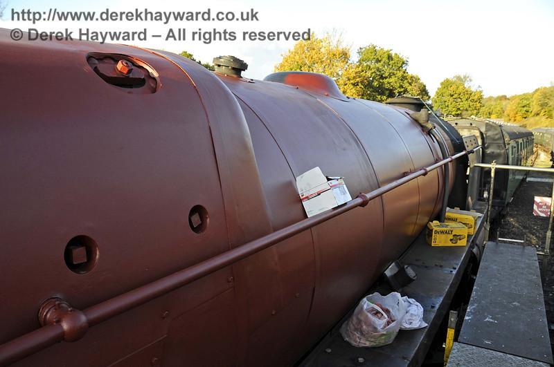 92240 in red oxide. Horsted Keynes 01.11.2011  3092