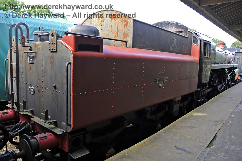 92240 being repainted at Horsted Keynes.  15.09.2012  5711
