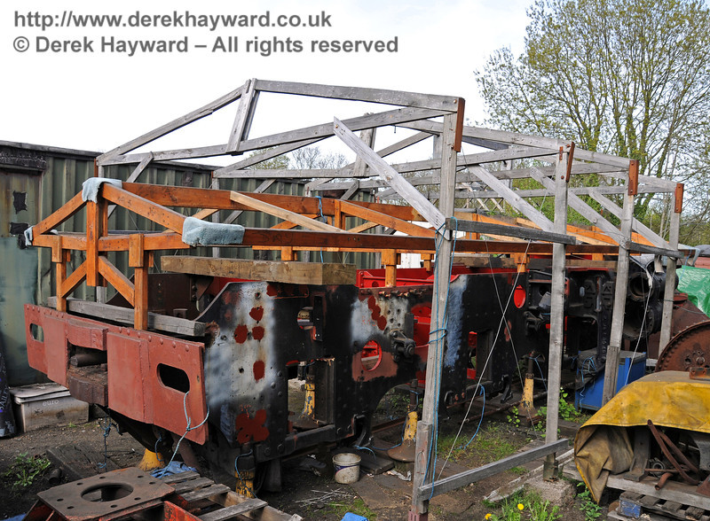 As items are moved around at Sheffield Park the frames for 84030 have been revealed, currently under a wooden frame to allow them to be covered in adverse weather. 28.04.2010