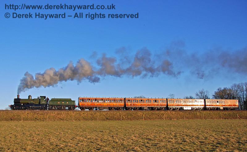 9017 Earl of Berkeley leads the Metropolitan coaches north towards Horsted Keynes. 17.02.2008