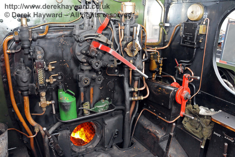 On the footplate of 9017 Earl of Berkeley at Sheffield Park.  20.02.2010  0653