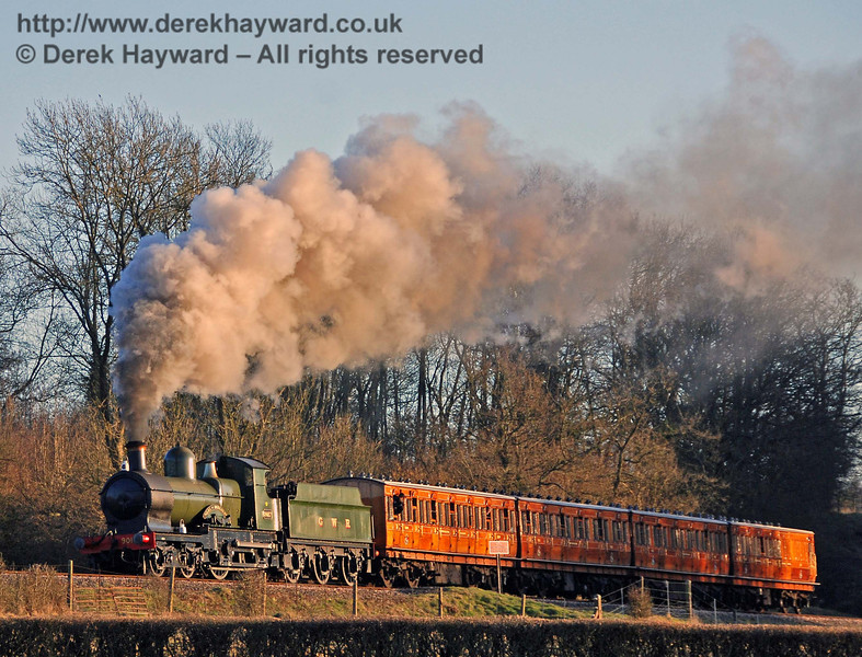 9017 Earl of Berkeley approaches Horsted Keynes as the sun goes down. 17.02.2008