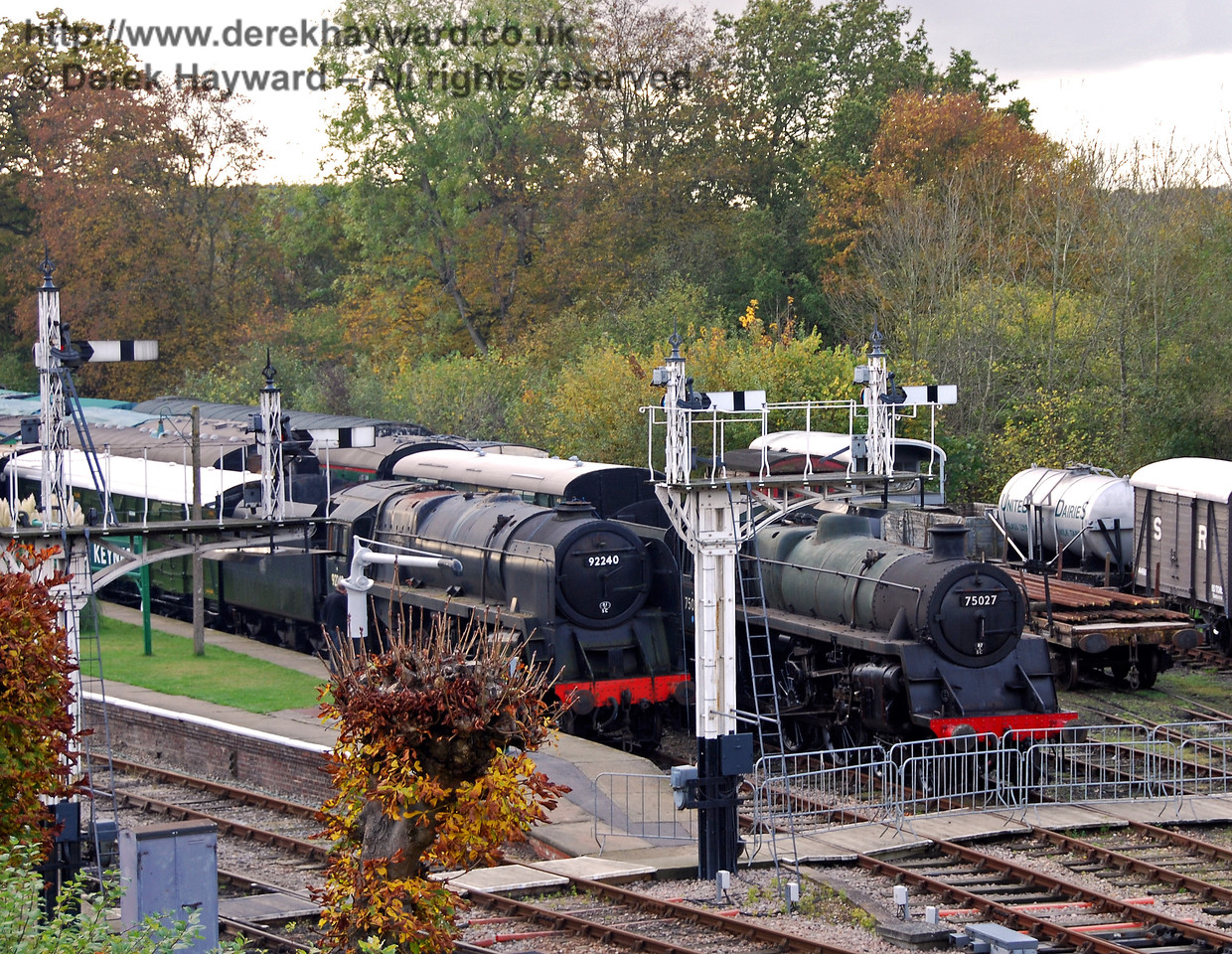 92240 and 75027 on display at Horsted Keynes.  23.10.2009
