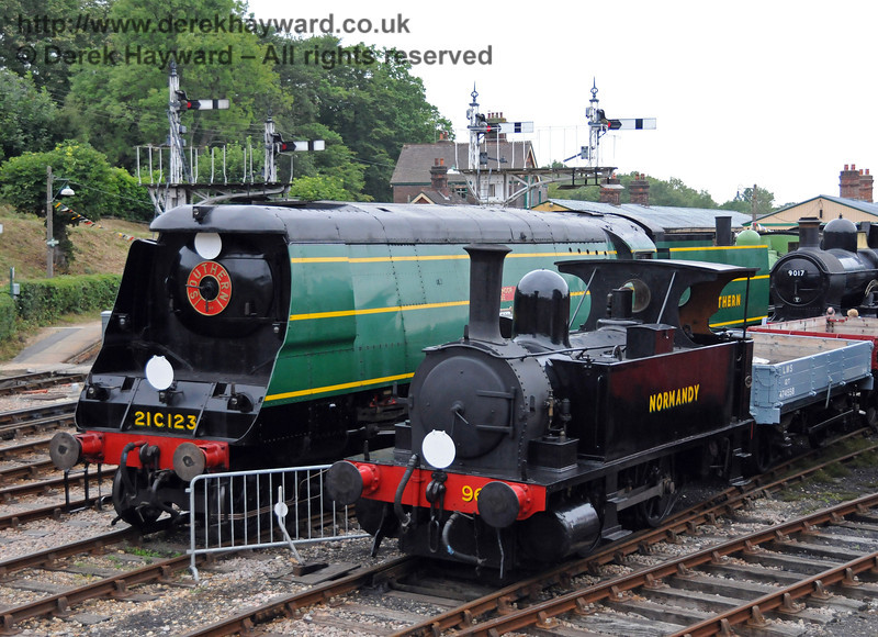 21C123 and 96 Normandy on display at Horsted Keynes during the 50th Anniversary celebrations. 06.08.2010  3676