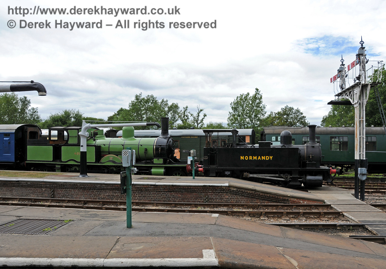 488 and 96 Normandy have been moved to Horsted Keynes and are now on display in Platform 1.  07.07.2010  3050