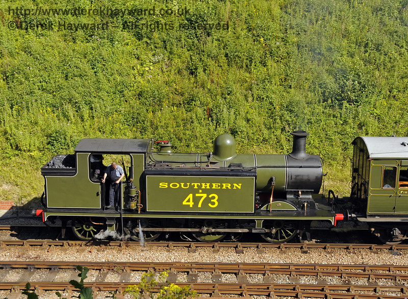 B473 steams north from Horsted Keynes, following it's return to service after repairs.  03.08.2014  11437