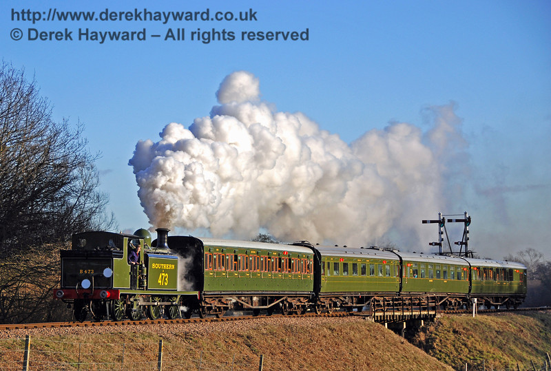 B473 makes a spirited departure from Sheffield Park.  30.01.2010  0167