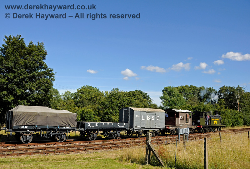 B473 shunts a goods train at Kingscote. 01.08.2015 13442