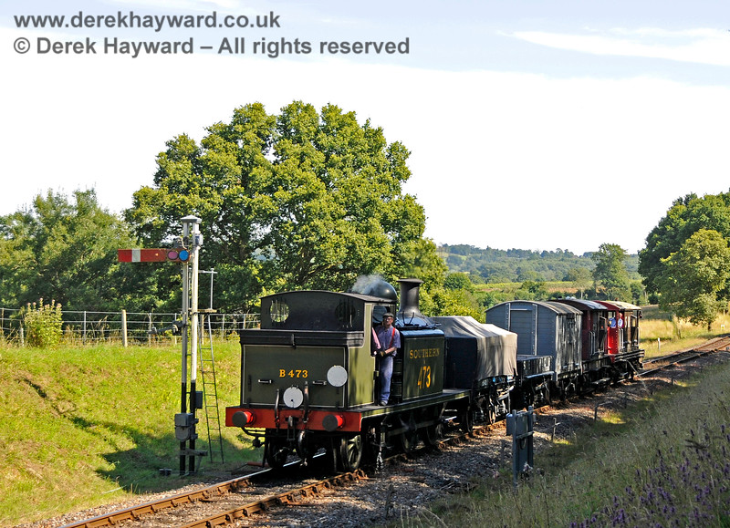 B473 passes the Kingscote southbound Advance Starter with a goods train. 01.08.2015 13411
