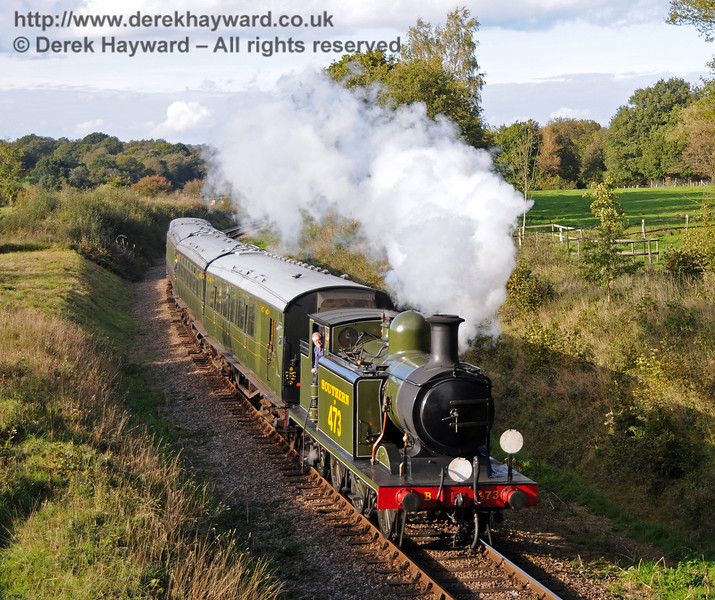 B473 steams south from the site of Freshfield Halt.  22.10.2010  5216