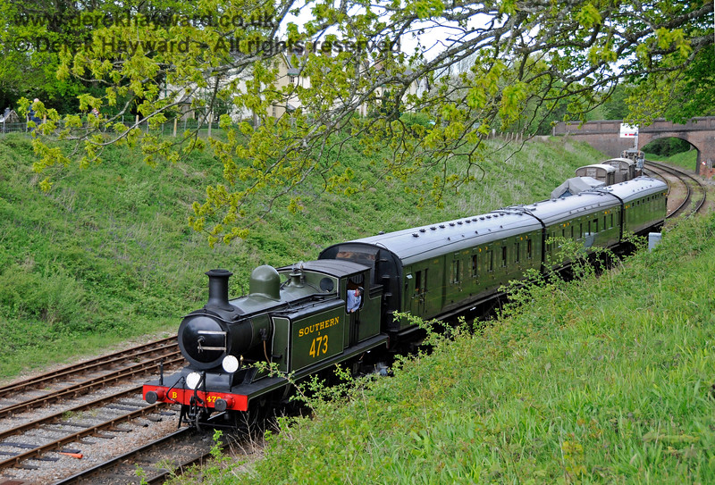 B473 arrives at Horsted Keynes with a southbound service train. 09.05.2015 12423