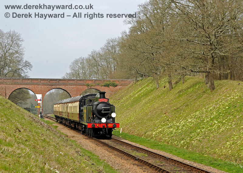 B473 steams south from Three Arch Bridge with the Wealden Rambler. 10.04.2015 10687