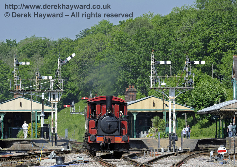 No. 3 Captain Baxter provides brake van rides at Horsted Keynes.  18.05.2014  9422