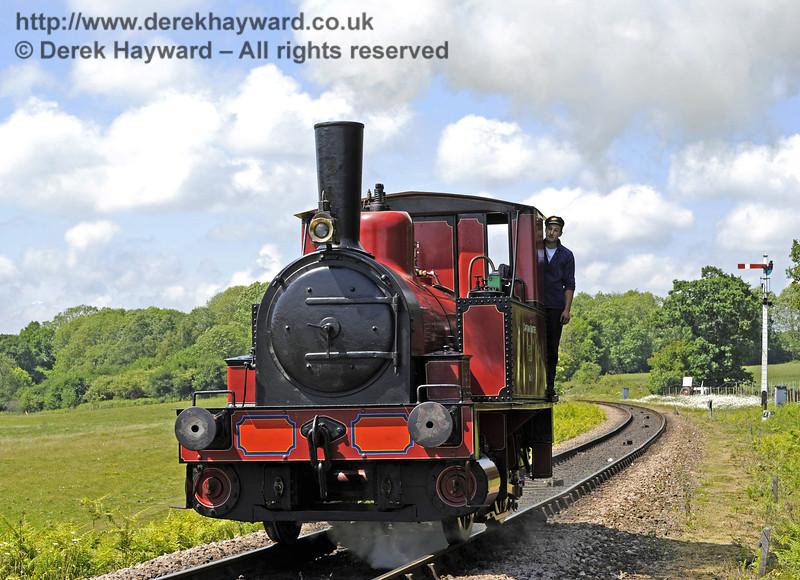 No. 3 Captain Baxter approaches Sheffield Park whilst running light engine.  21.05.2011  1609