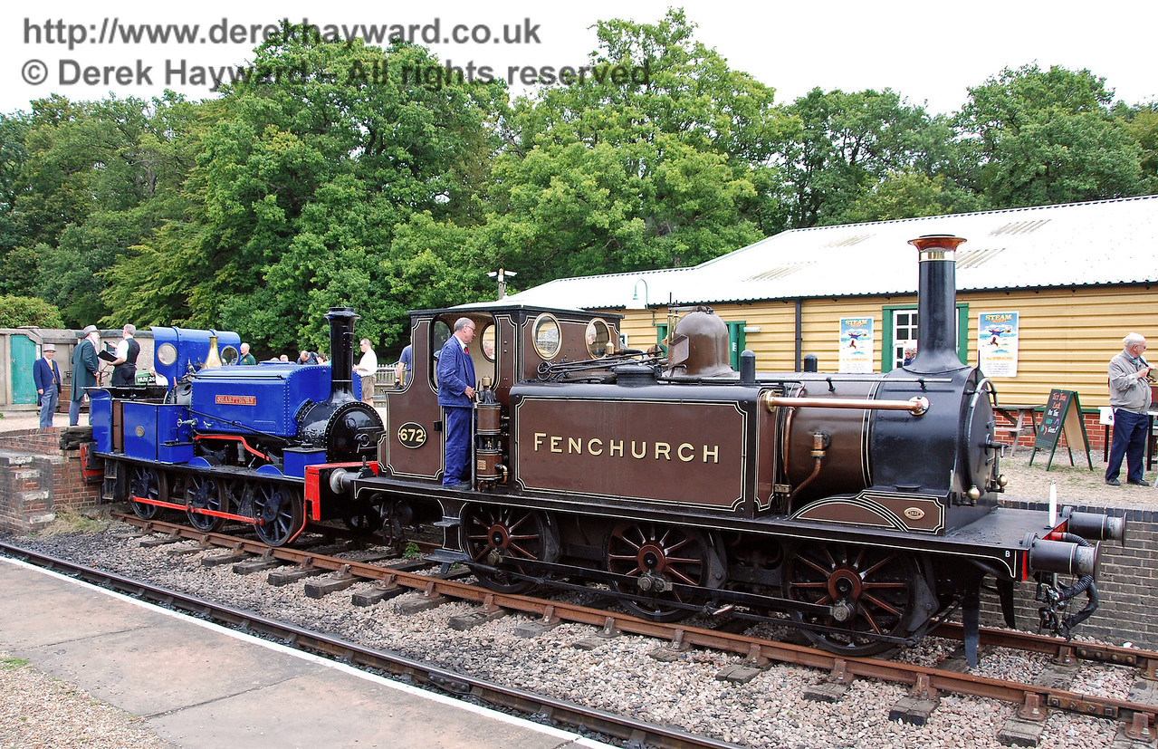 This picture of Sharpthorn with 672 Fenchurch shows just how small Sharpthorn actually is. Horsted Keynes 12.08.2007  35