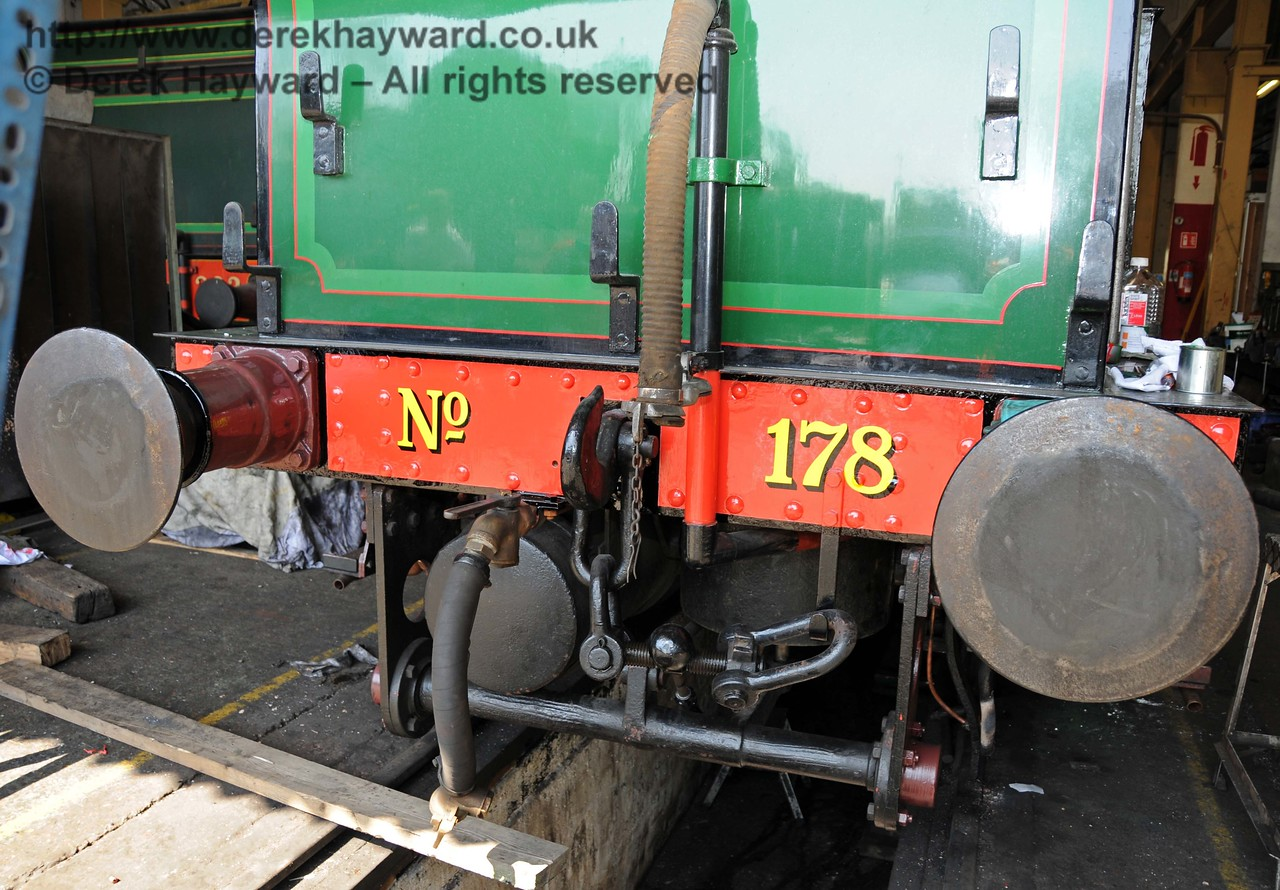 The new number has been applied to the rear buffer beam of 178. Sheffield Park Workshops 17.04.2010  1922