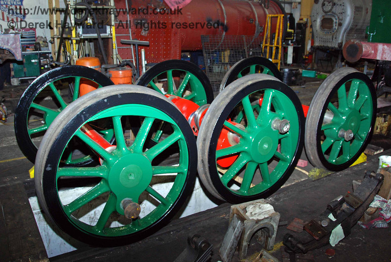 The wheels from 178 have been painted. Sheffield Park Workshops 15.11.2009