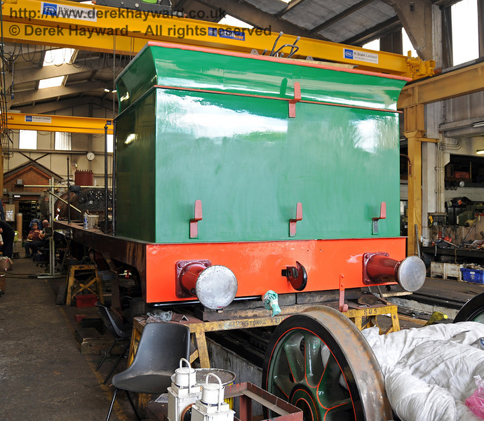 The bunker and buffer beam of 263 are now in top coat. Sheffield Park Workshops 24.06.2010  2804
