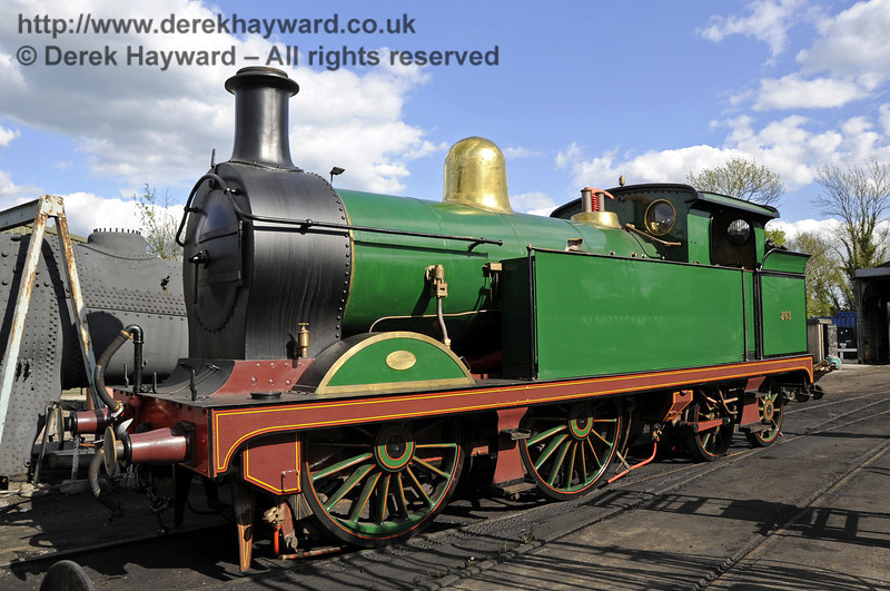 H-class 263 outside Sheffield Park Shed prior to lining out.  The engine is now in service.  12.05.2012  4741
