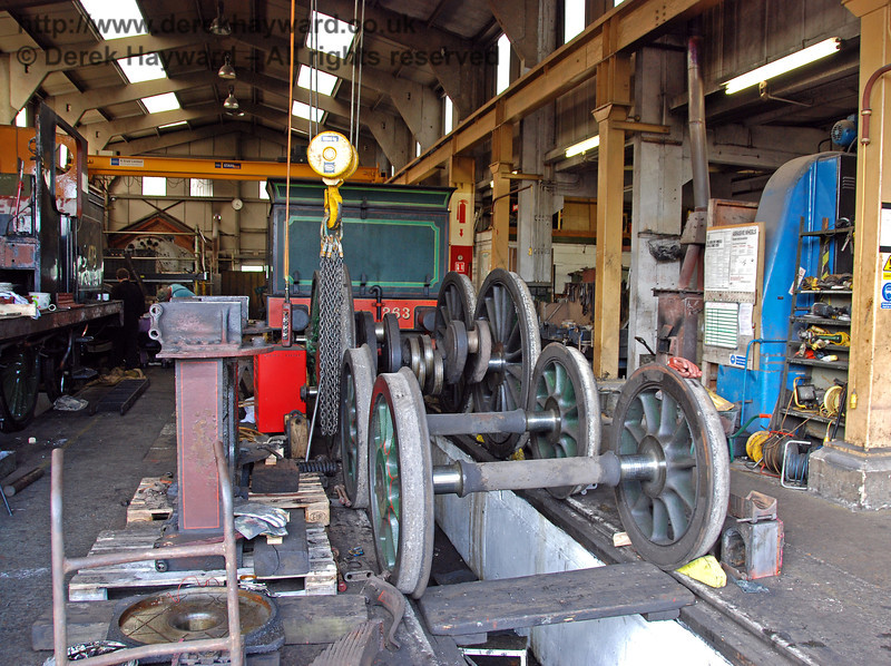 The wheels have been removed from the frame of 263 and are seen in the foreground. Sheffield Park Shed 09.05.2009