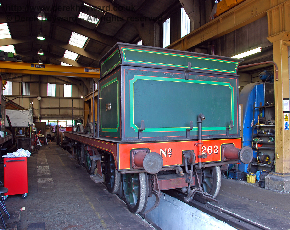 The frames from 263 were moved into Sheffield Park Workshops on 24.04.2009 to allow the wheels to be removed.