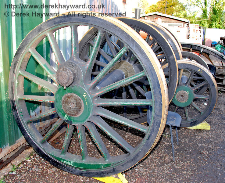 The wheels from 263 have just been returned after re-profiling. Sheffield Park Workshops 23.10.2009.