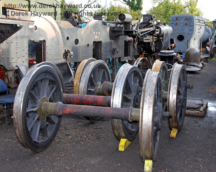 The wheels from 323 have just returned after re-profiling. Sheffield Park Workshops 23.10.2009