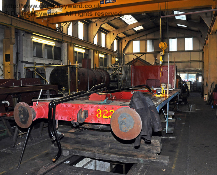 The boiler from 323 has been lifted from the frames. Sheffield Park Workshops 06.03.2010  1131