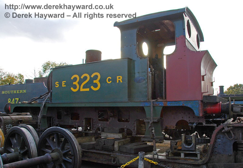 323 (without wheels) outside Sheffield Park Workshops. 23.10.2009
