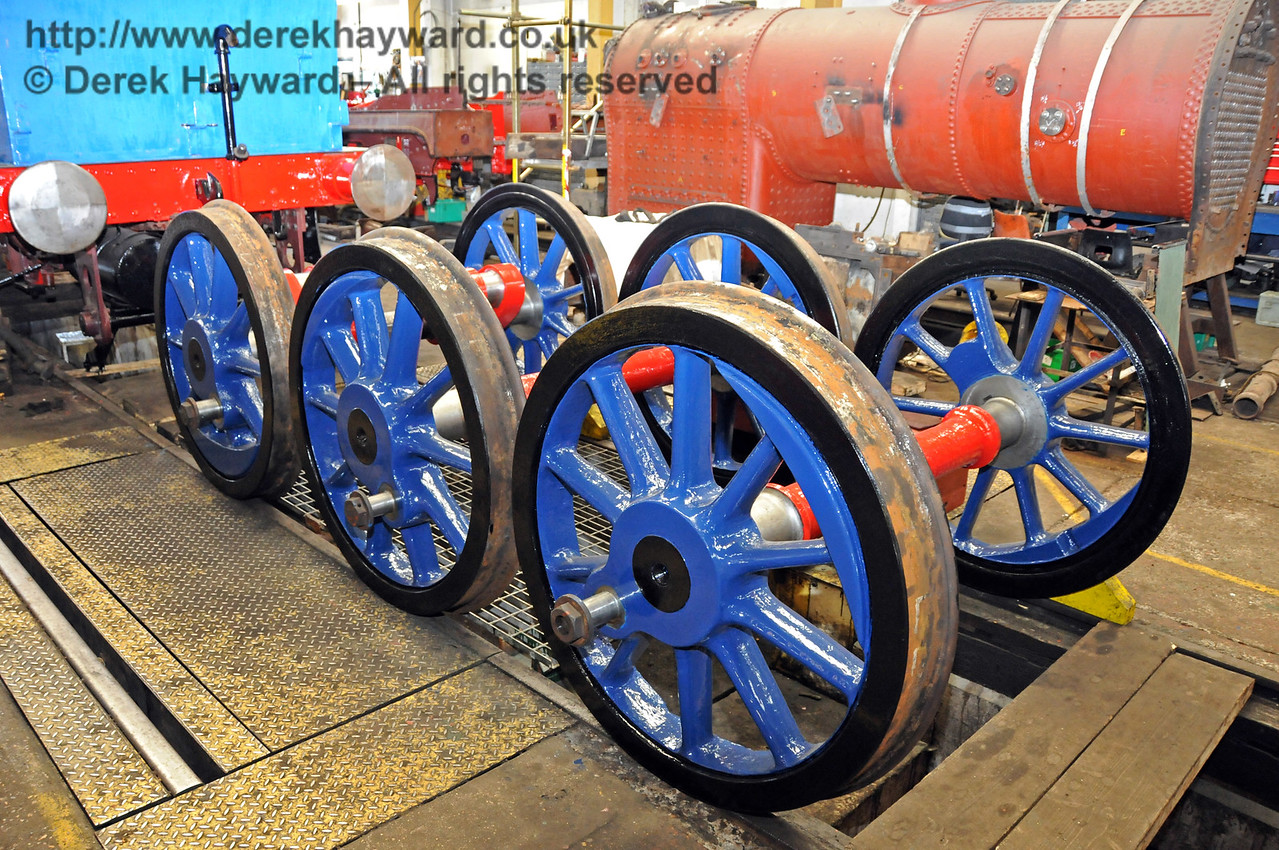 The wheels for 323 Bluebell in the new darker shade of blue. Sheffield Park Workshops 17.04.2010  1902