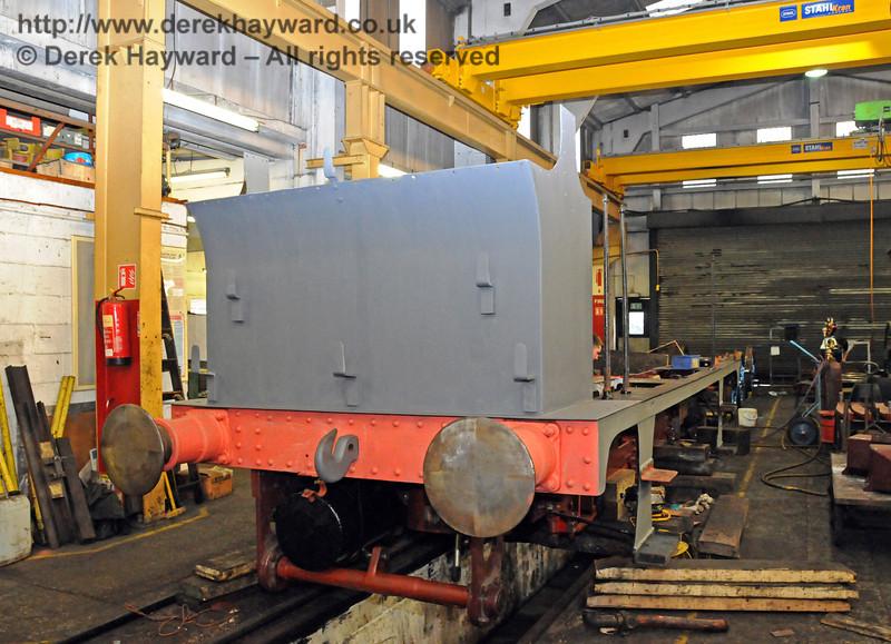 The rear offside of 323, now in undercoat. Sheffield Park Workshops 21.03.2010  1518