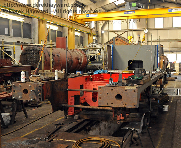 The old cylinders have now been removed from the frames of 323 Bluebell. Sheffield Park Workshops 26.03.2010  1609