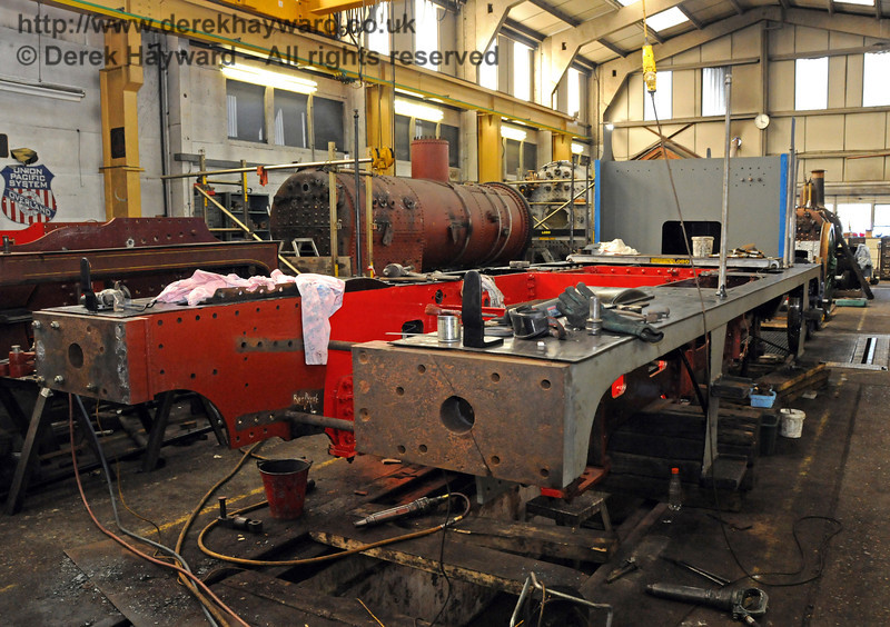 The nearside of the frames from 323 Bluebell. Sheffield Park Workshops 11.04.2010  1843