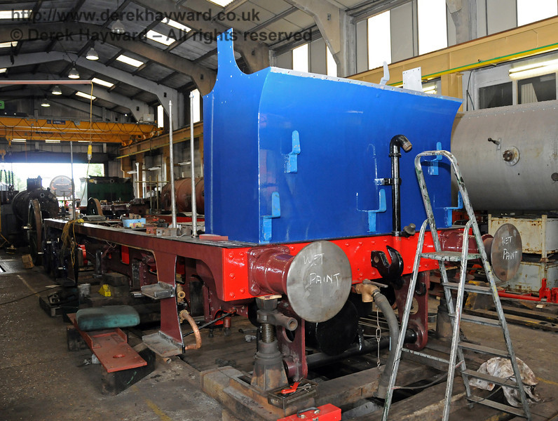 The rear nearside of 323, freshly painted. Sheffield Park Workshops 07.07.2010   2995