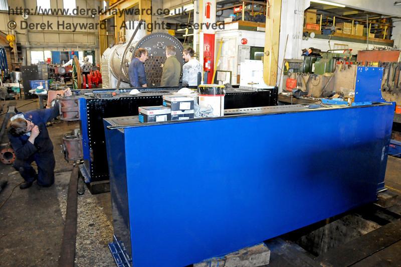 The freshly painted side tanks from 323 Bluebell. Sheffield Park Workshops 18.07.2010  3176