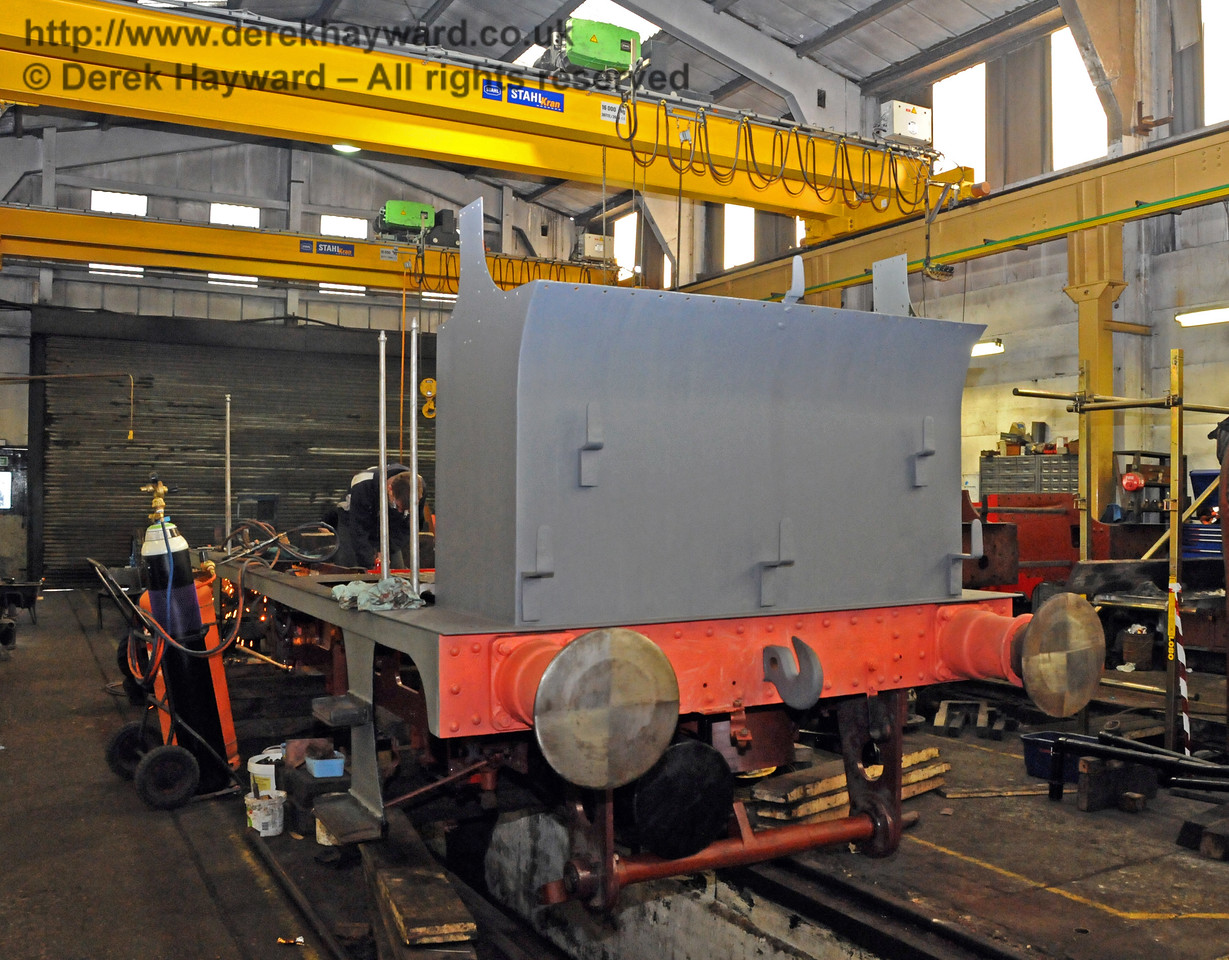 The rear nearside of 323 Bluebell. Sheffield Park Workshops 21.03.2010  1515