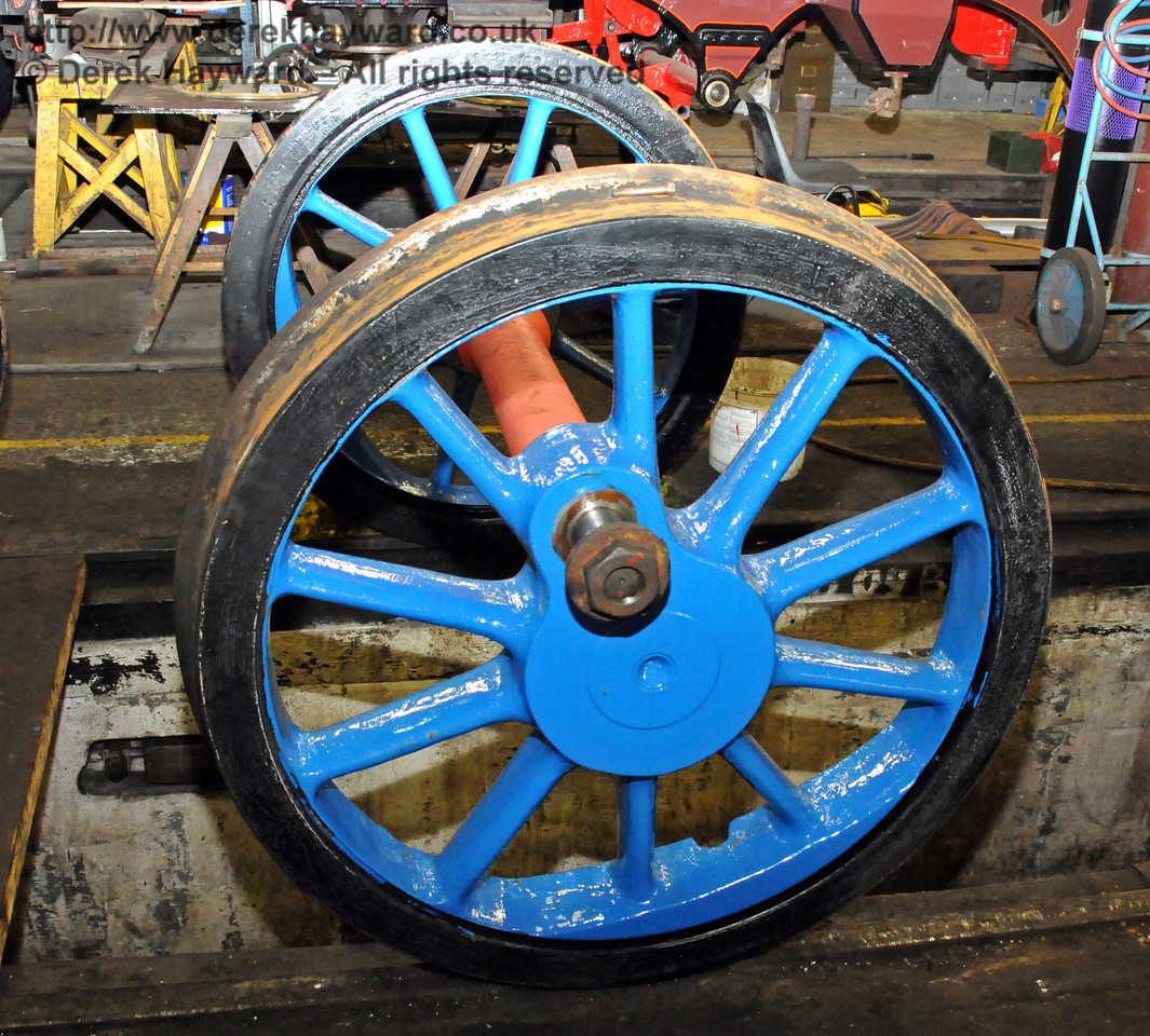 A close up of one set of wheels which are now in top coat. Sheffield Park Workshops 21.03.2010  1520