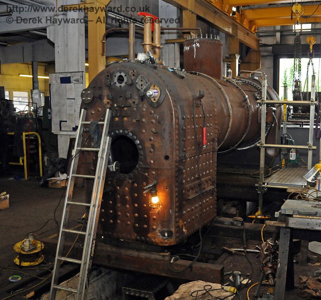 The rear offside of the boiler from 323, with work in progress. Sheffield Park Workshops 07.07.2010  2998