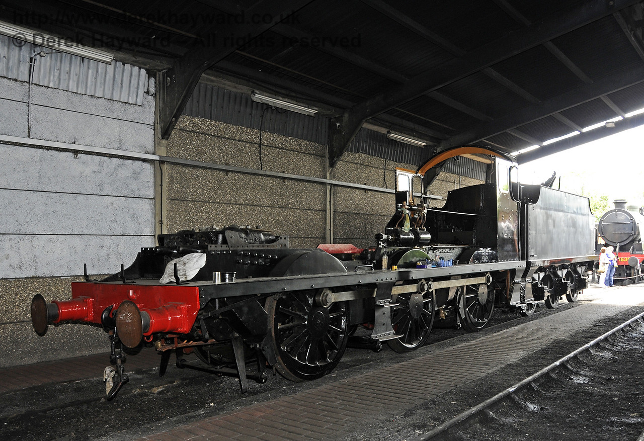The frames from 541 inside the running shed at Sheffield Park.  29.06.2014  10940