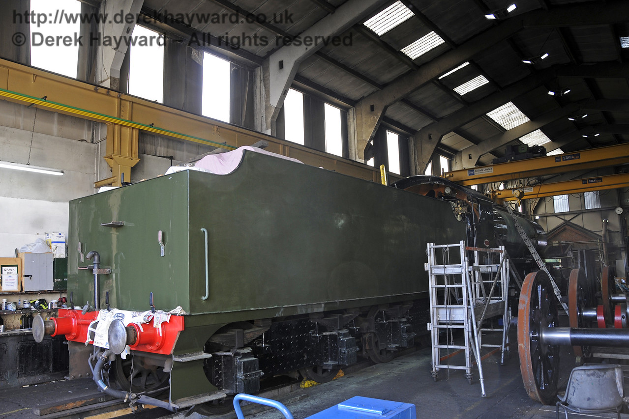 847 inside Sheffield Park Workshops.  26.08.2013  9703