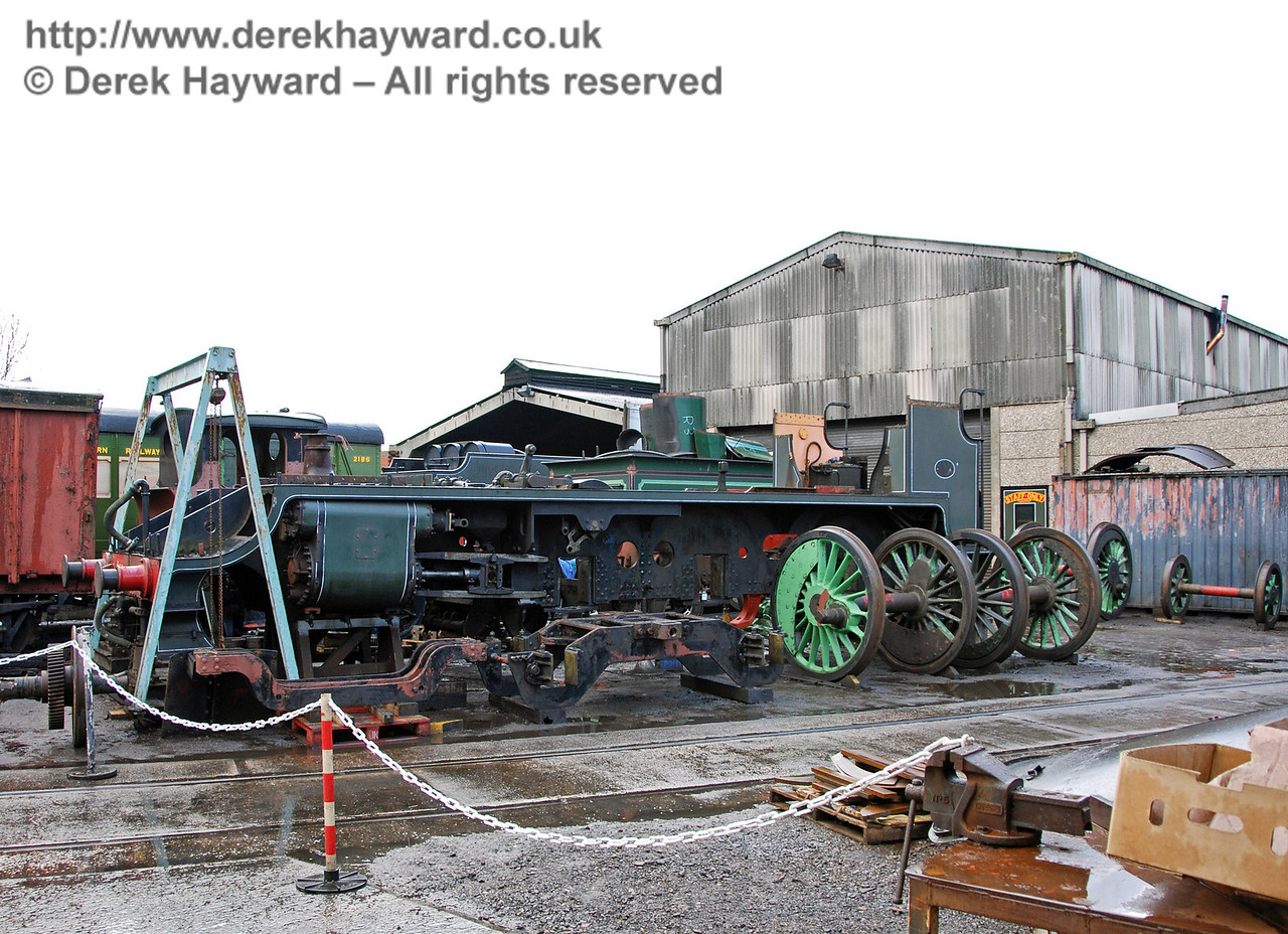 A second shot of the frame for 847 outside Sheffield Park Shed. 25.02.2007