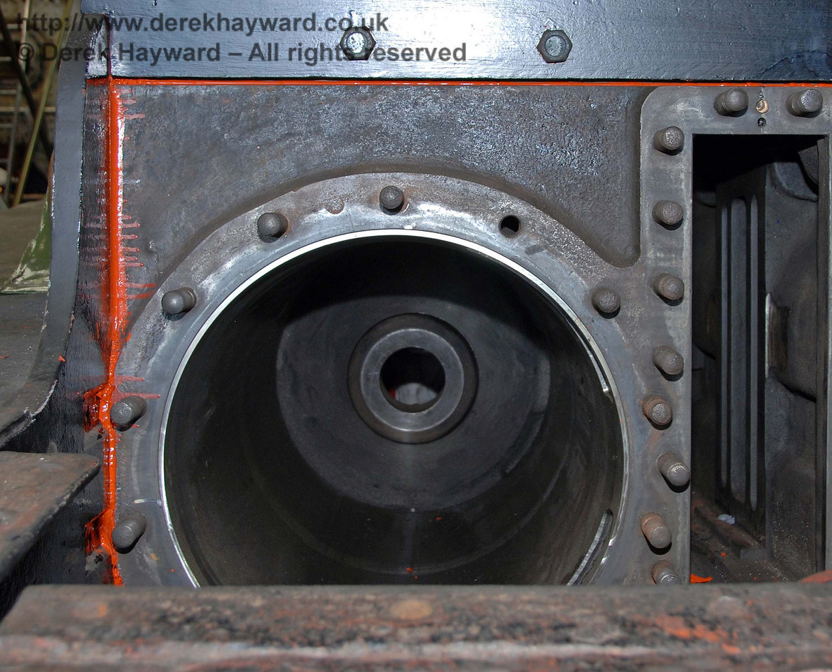 A close up of one of the cylinder liners provided for B473, with the cylinder/valve asembly now in the frames. Sheffield Park Workshops 23.08.2009