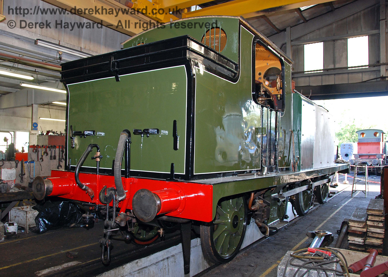 Progress on B473 continues. The whole of the rear section of the engine has now been painted. 27.09.2009.